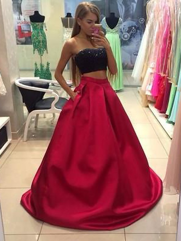 A-Line/Princess Strapless Tulle Floor-Length Two Piece Dresses with Beading