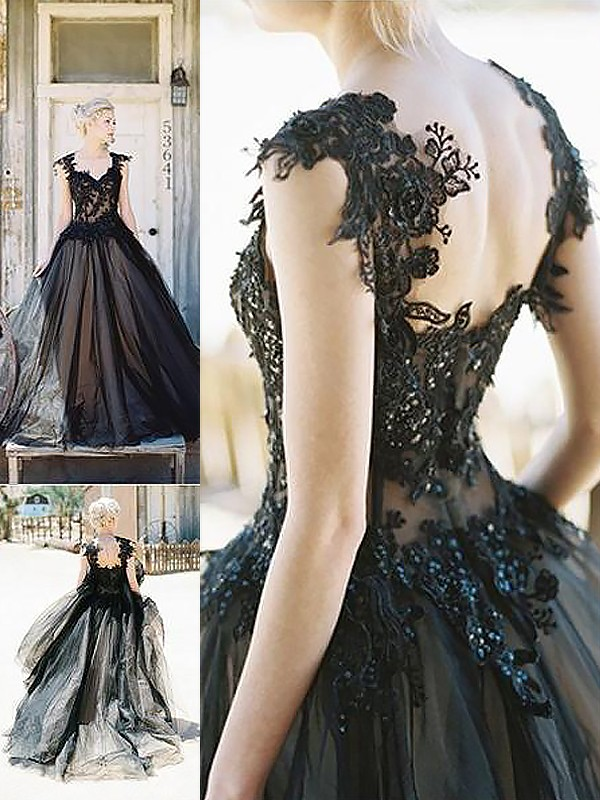 Ball Gown Sweetheart Lace Sweep/Brush Train Tulle Dresses