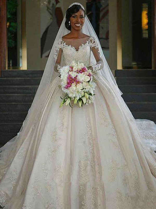 Ball Gown Bateau Sweep/Brush Train Satin Wedding Dresses with Applique