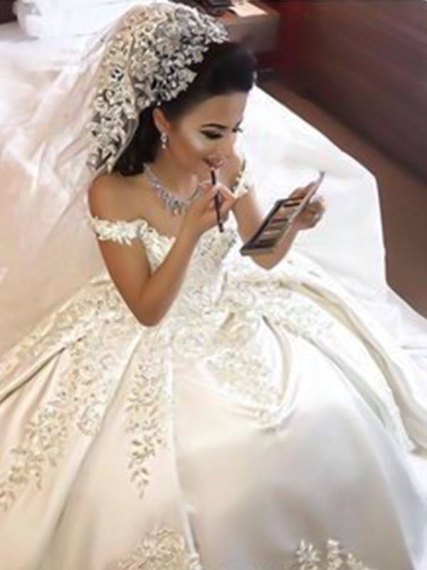 Ball Gown Off-the-Shoulder Sweep/Brush Train Satin Wedding Dresses with Applique