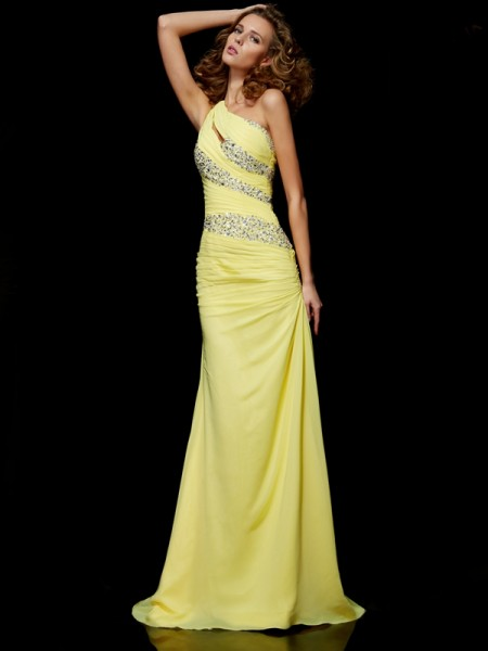 Sheath One-shoulder Sweep/Brush Train Chiffon Dresses with Beading