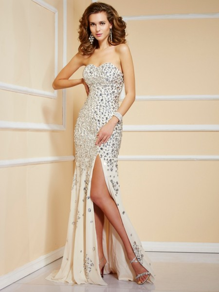 Sheath Sweetheart Sweep/Brush Train Chiffon Sleeveless Dresses with Beading