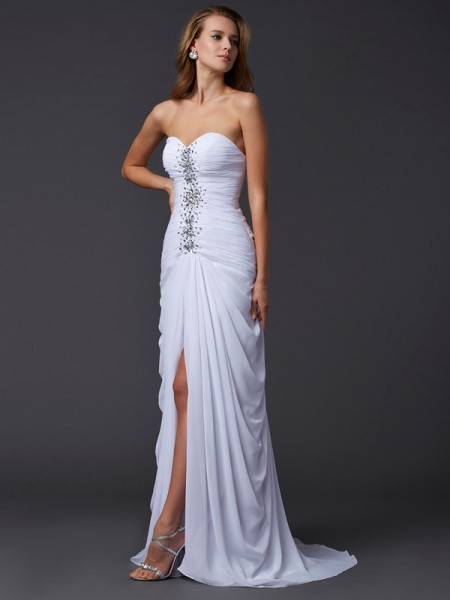 Sheath Strapless Sweetheart Chiffon Sweep/Brush Train Dresses with Beading
