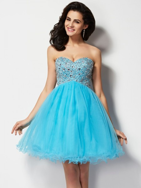 A-Line Sweetheart Sleeveless Short Cocktail/Homecoming Dresses with Beading