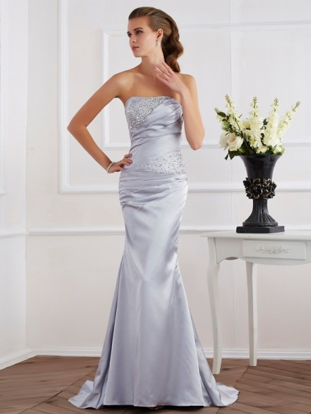 Trumpet/Mermaid Strapless Sleeveless Elastic Woven Satin Dresses with Beading