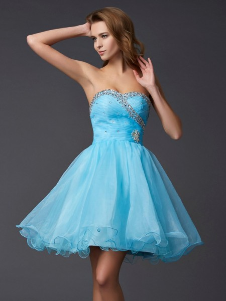 A-Line Sleeveless Sweetheart Short/Mini Tulle Dresses with Beading