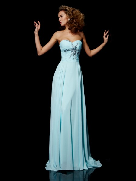 Sheath Sweetheart Sleeveless Chiffon Sweep/Brush Train Dresses with Beading