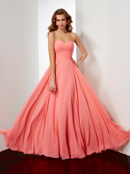 A-Line Floor-Length Sweetheart Chiffon Dresses with Pleating