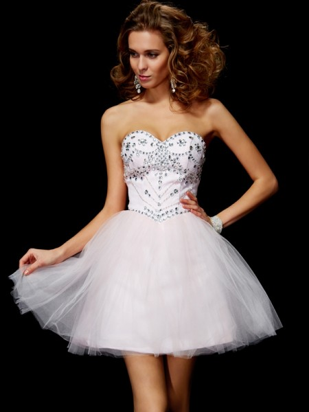 Princess Sweetheart Sleeveless Organza Short Cocktail/Homecoming Dresses with Beading