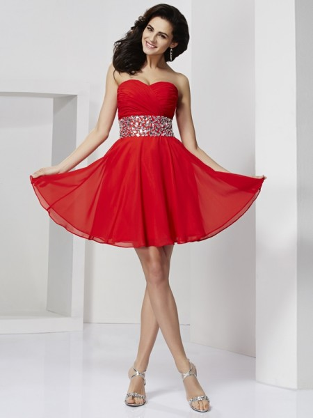 Princess Sleeveless Sweetheart Chiffon Short Cocktail/Homecoming Dresses with Rhinestone