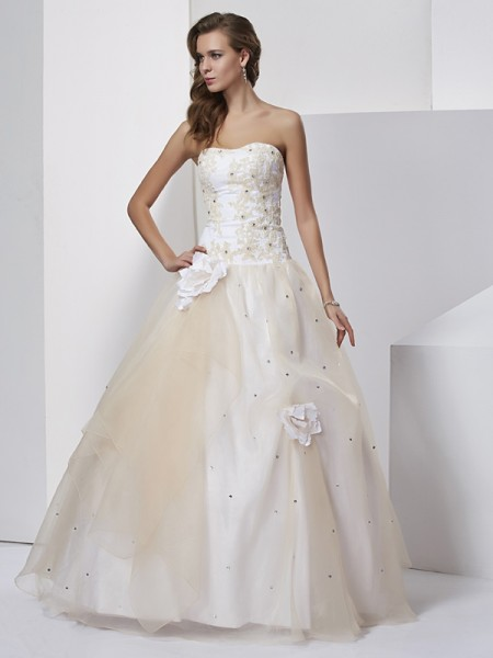 Ball Gown Sweetheart Sleeveless Floor-length Tulle Dresses with Hand-Made Flower