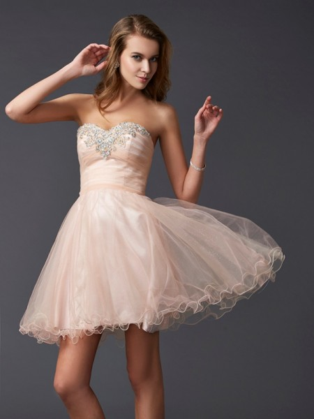 Princess Sleeveless Sweetheart Silk like Satin Short Cocktail/Homecoming Dresses