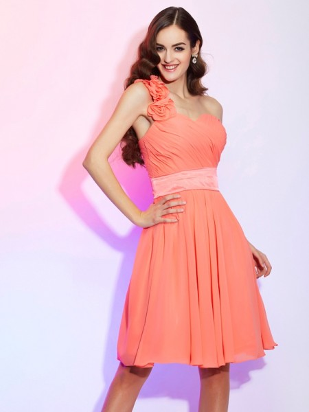 Princess Knee-Length One-Shoulder Chiffon Bridesmaid Dresses
