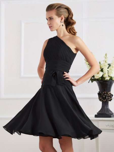 Princess Sleeveless One-Shoulder Knee-length Chiffon Cocktail Dresses