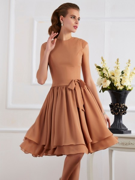 Column Chiffon High Neck Knee-Length Bridesmaid Dresses