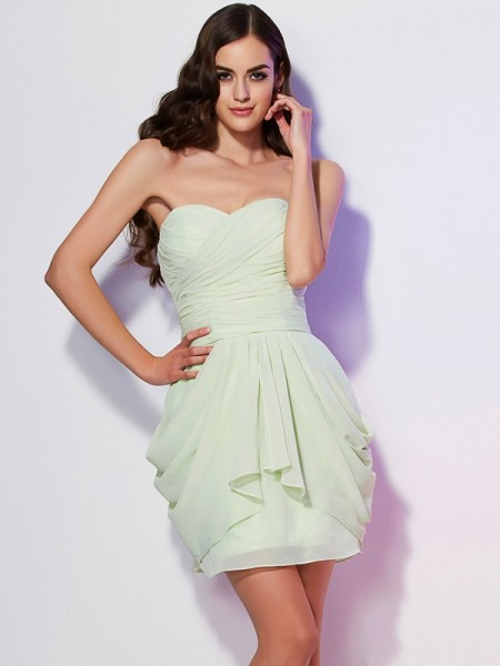 A-Line/Princess Sweetheart Sleeveless Short/Mini Chiffon Dresses with Pleats