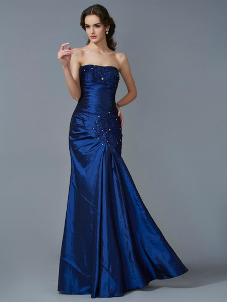 Trumpet/Mermaid Strapless Sleeveless Taffeta Long Dresses with Applique