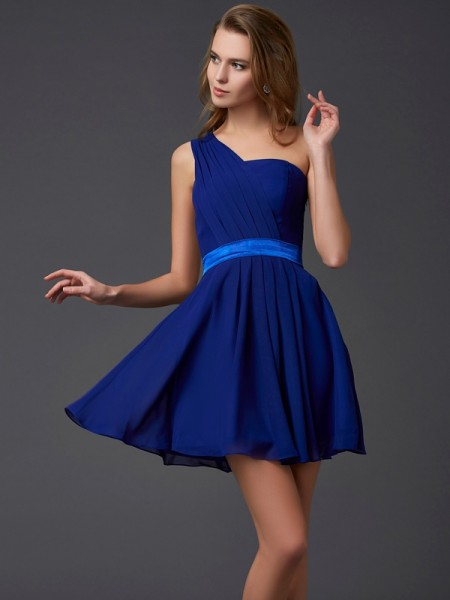 A-Line/Princess Sleeveless Chiffon One-Shoulder Short Cocktail/Homecoming Dresses with Pleats