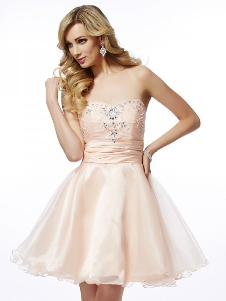 A-Line/Princess Sweetheart Sleeveless Short/Mini Tulle Cocktail Dresses with Beading