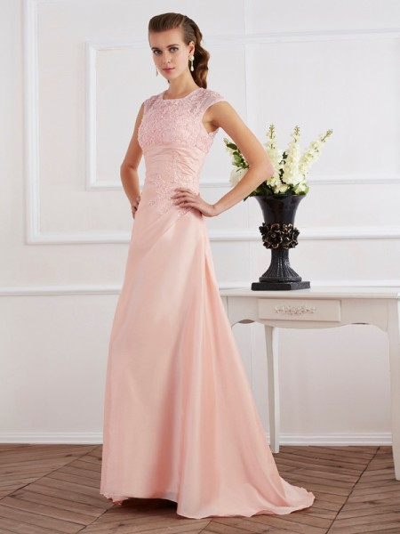Sheath/Column Short Sleeves High Neck Chiffon Sweep/Brush Train Evening Dresses with Applique