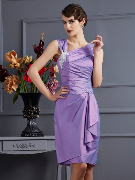 Sheath/Column Taffeta Sleeveless Knee-Length Bridesmaid Dresses with Applique