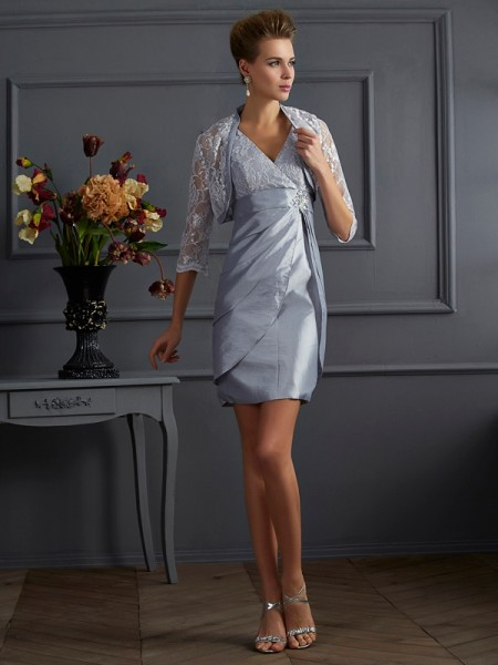 Sheath/Column V-neck Taffeta Sleeveless Short Cocktail/Homecoming Dresses