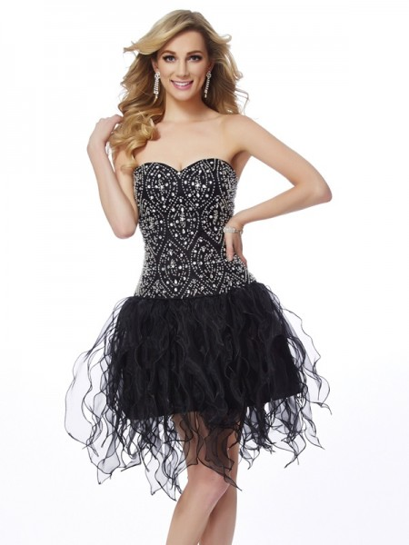 Sheath/Column Sweetheart Sleeveless Organza Short Cocktail/Homecoming Dresses with Beading
