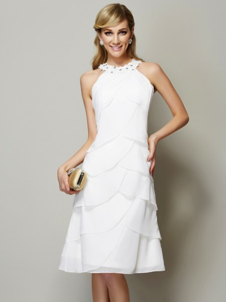 Sheath/Column Bateau Sleeveless Knee-Length Chiffon Dresses with Applique with Beading