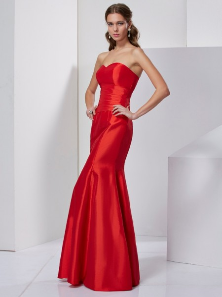 Trumpet/Mermaid Sweetheart Sleeveless Taffeta Long Prom/Evening Dresses with Pleats