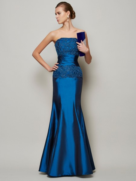 Trumpet/Mermaid Strapless Floor-Length Taffeta Dresses with Applique with Beading