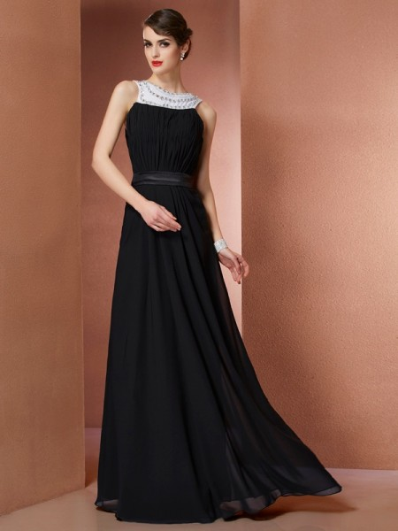 Sheath/Column Scoop Sleeveless Chiffon Long Dresses with Beading