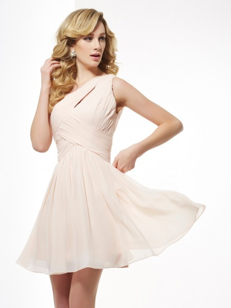 A-Line/Princess Sleeveless One-Shoulder Chiffon Short Cocktail/Homecoming Dresses with Pleats