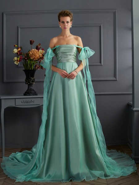 A-Line/Princess Off-the-Shoulder Sleeveless Chapel Train Taffeta Evening/Formal Dresses
