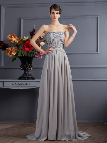 A-Line/Princess Sleeveless Sweetheart Sweep/Brush Train Chiffon Dresses with Pleats Beading