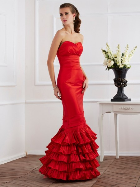 Trumpet/Mermaid Sleeveless Sweetheart Floor-Length Taffeta Dresses with Ruffles