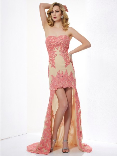 A-Line/Princess Sleeveless Sweetheart Lace Asymmetrical Dresses with Applique