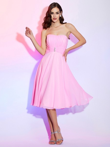 A-Line/Princess Strapless Sleeveless Chiffon Bridesmaid Dresses with Pleats