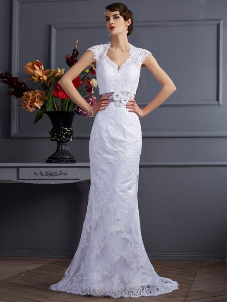 Trumpet/Mermaid Sleeveless Satin Sweep/Brush Train Wedding Dresses with Applique