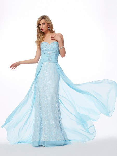 A-Line/Princess Sweetheart Sleeveless Chiffon Sweep/Brush Train Dresses with Beading