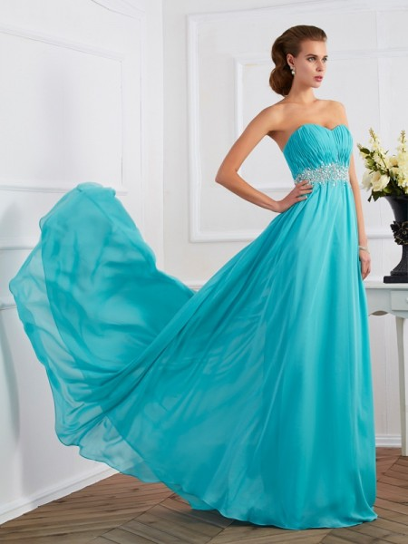 A-Line/Princess Sleeveless Sweetheart Sweep/Brush Train Dresses with Beading