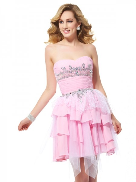 A-Line/Princess Chiffon Sweetheart Sleeveless Short Cocktail/Homecoming Dresses with Beading
