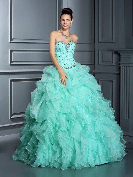 Ball Gown Sweetheart Floor-Length Organza Quinceanera Dresses with Beading