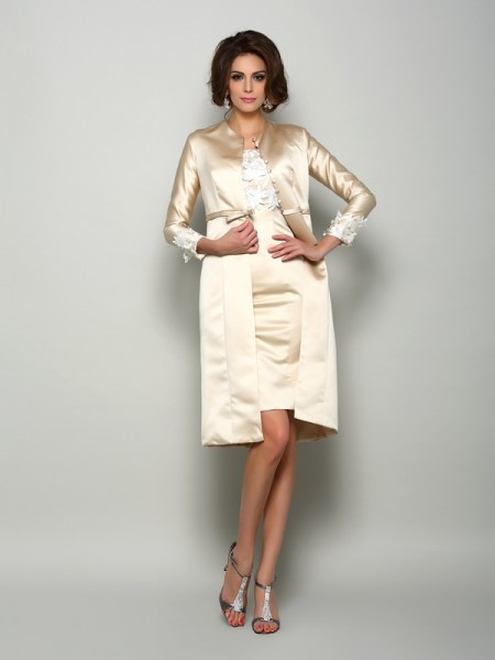 Sheath/Column Short Sleeves Square Satin Knee-Length Mother of the Bride Dresses with Applique