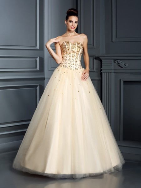 Ball Gown Sleeveless Floor-Length Satin Quinceanera Dresses with Beading