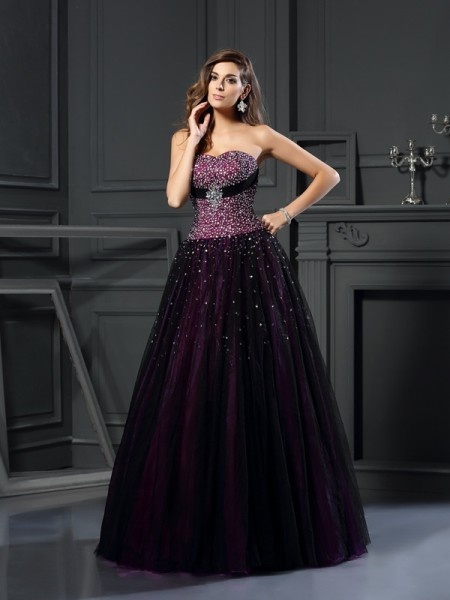 Sweetheart Sleeveless Floor-Length Satin Ball Gown Prom Dresses with Beading