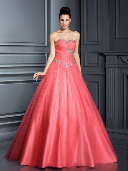 Sweetheart Sleeveless Floor-Length Net Ball Gown Quinceanera Dresses with Beading