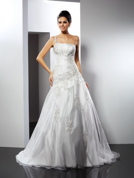 A-Line/Princess One-Shoulder Sleeveless Chapel Train Satin Wedding Dresses with Applique
