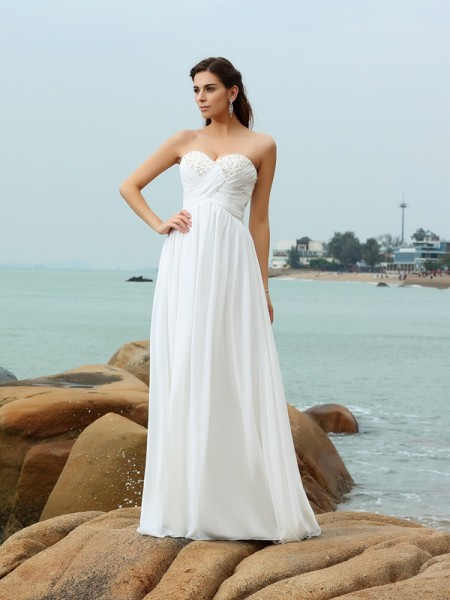 A-Line/Princess Sleeveless Sweetheart Sweep/Brush Train Chiffon Beach Wedding Dresses with Beading