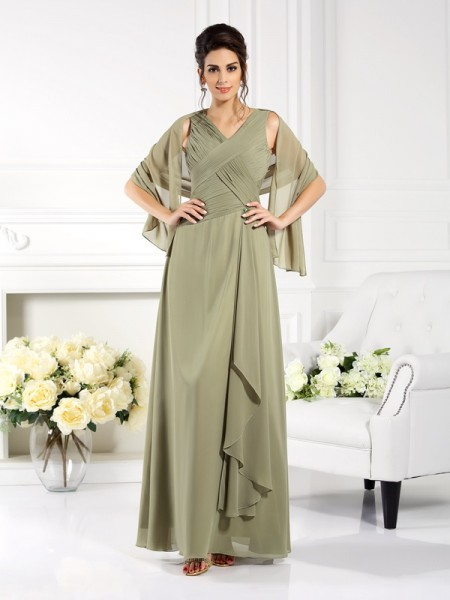 A-Line/Princess V-neck Sleeveless Floor-Length Chiffon Mother of the Bride Dresses with Pleats