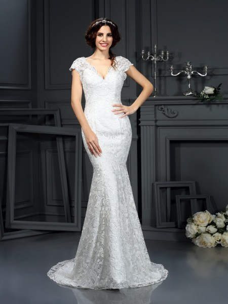 Trumpet/Mermaid V-neck Sleeveless Lace Court Train Wedding Dresses